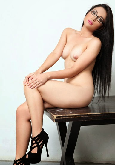 Fhm Philippines Alyzza Agustin Nude Topless Photos Leaked-2513
